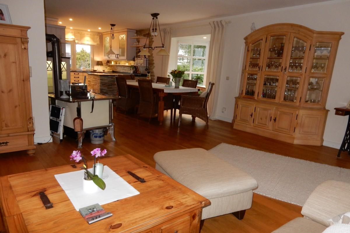 verkauft bilderbuch doppelhaush lfte 6. Black Bedroom Furniture Sets. Home Design Ideas